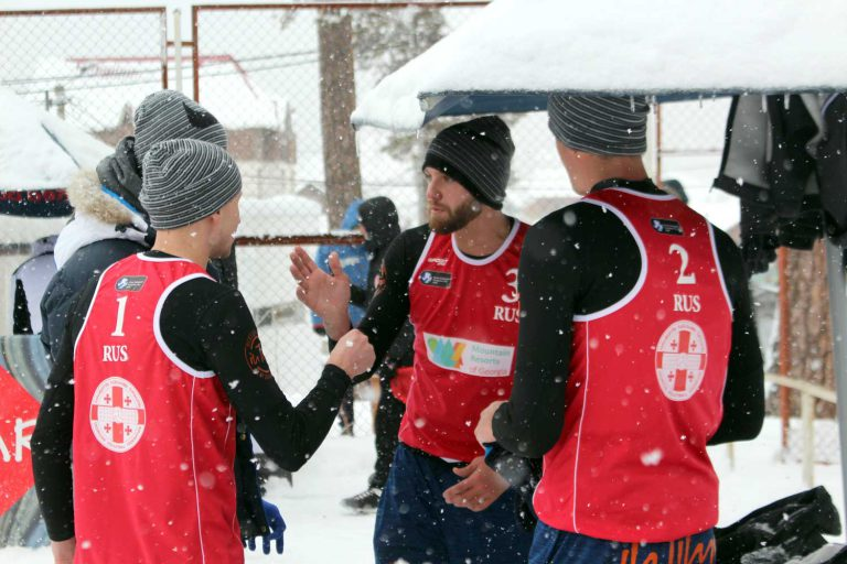 20190217_CEV-Snow-Volleyball-Bakuriani-Auszeit